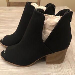 Peep toe ankle booties! BRAND NEW